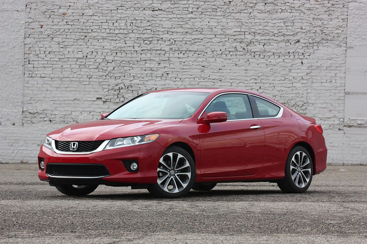 Автомобиль 2013 Honda Accord Coupe V6 6MT: вид сбоку