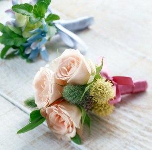 Небольщлй букет цветов
